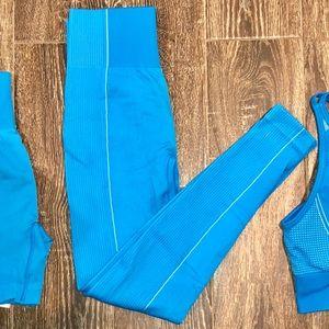 Ultra Seamless Blue Leggings Medium
